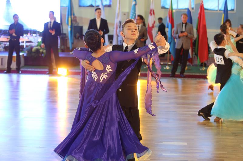 Фото к Конкурс бальных танцев «SILK WAY»